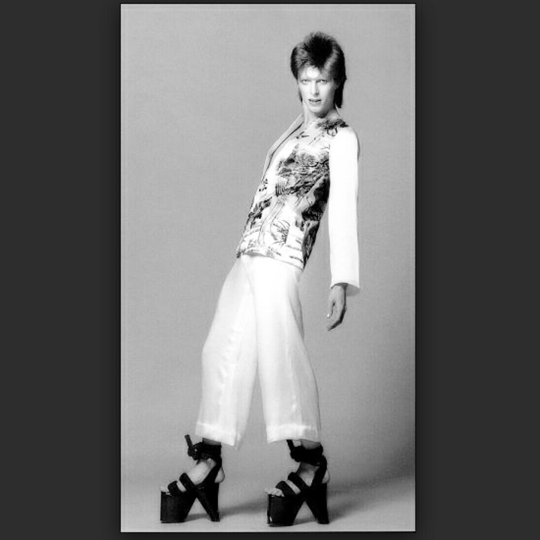 Ziggy Stardust platforms are back and not only… – Rock Art ...